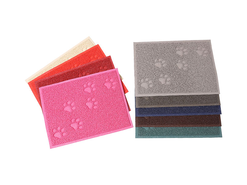 Easy- Washable,Eco-Friendly paw prints toilet pvc coil dog pee mats